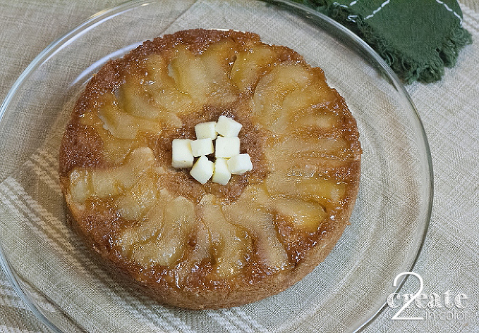 Apple-Cheddar-Sausage-Brunch-Cake-1_0002